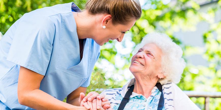Auxiliar de Pacientes con Dependencia